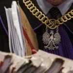 Sędziowie zatrzymali polską gospodarkę. Nazmiany wKRS czeka się miesiącami