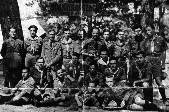 Jamboree de Hungría, 1933. Campamento español con Exploradores de Albacete, Madrid, Cataluña, Málaga, Murcia, Santander y Zaragoza.