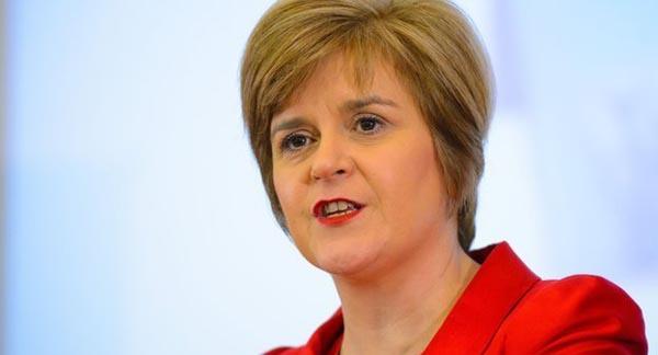 Nicola Sturgeon to issue apology