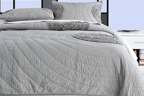 bedroom-furniture-sets-cheap-Mondrian-style-headboard-bedroom-interior-design-ideas