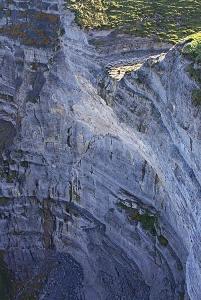 Damián (si, ese punto en la zona soleada) en el salto del Nervión