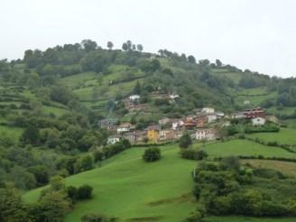 Pueblo asturiano. (Zona Riosa).