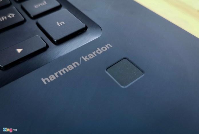 Laptop chip core i9 gia 80 trieu dong tu Asus