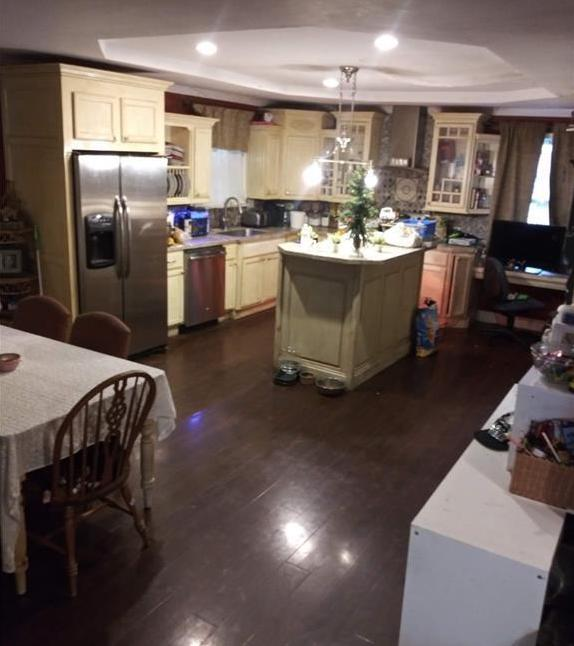 3311 oak ridge road summerfield kitchen.jpg
