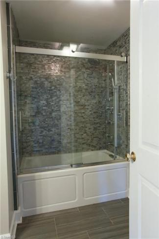413 mcadoo avenue bath2.jpg