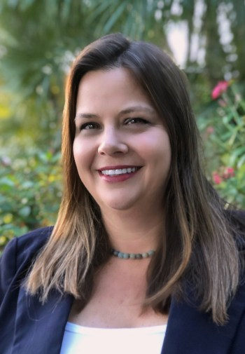 Headshot_Lisa Interlandi