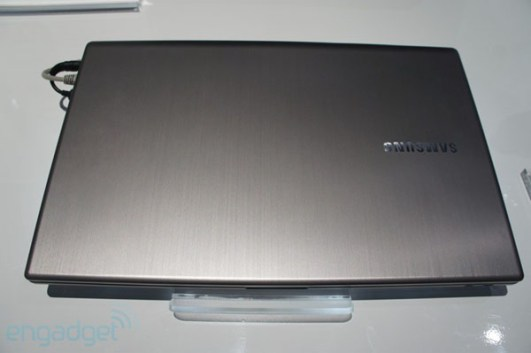 samsung_series-7-chronos-17-inch-2