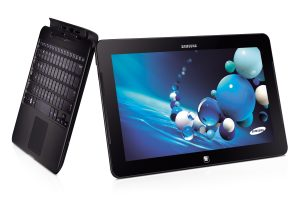 Samsung ATIV Smart PC Pro 700T_2 - Analie Cruz - G Style Magazine - Tech