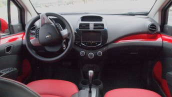 Chevy Spark 2 LT - G Style Magazine - REview - Auto - Car - Interior Dashboard - Steering Wheel