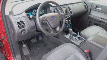 Ford Flex Limited - REview - Car - Auto - G Style magazine - interior - dashboard - steering wheel - side
