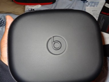 Beats by Dre - Executives - Headphones - Review - G Style Magazine - carry case logo