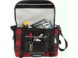 Timbuk 2 Woolrich Messenger Bag Open - Analie Cruz - Tech