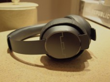 SOL Republic - Master Tracks Headphones - G Style Magazine cans / ear pieces 1