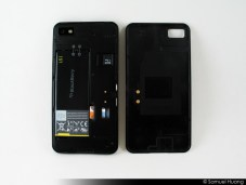 BlackBerry Z10 Review Part 1 - Hardware Impressions - BB Z10 - Battery Cover Off