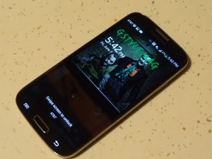 Samsung Galaxy S4-Sideview
