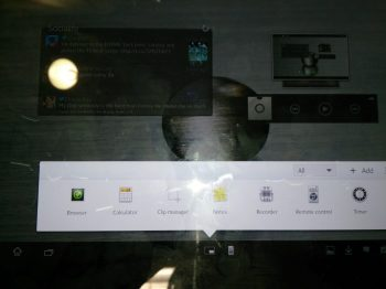 Sony Xperia Tablet Z shots of screen (3)