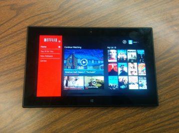 Lumia 2520 Black 5