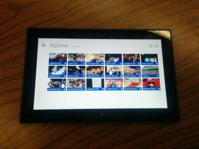 Lumia 2520 Black 6