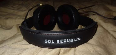 SOL REPUBLIC Master Tracks XC Headphones Review