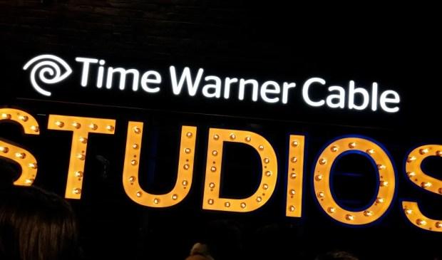 TWC Studios LG G2 (8)