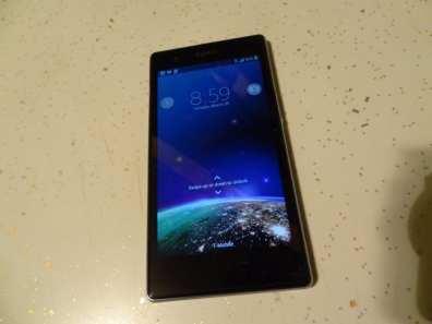 Sony Xperia Z1S (7)