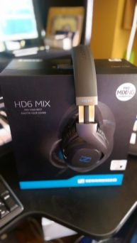 Sennheiser HD6 MIX Headphones - Side / Box 1