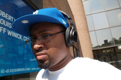 Sony MDRZX750BN wireless headphones on-ear