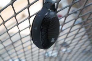 JBL-Clip-Wireless-Speaker-2