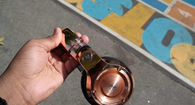 Monster 24K Headphones Rose Gold in Hand