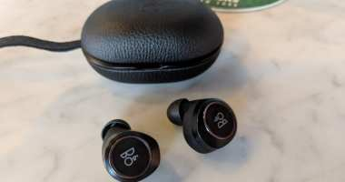 B&O Beoplay E8 Wireless Earbuds