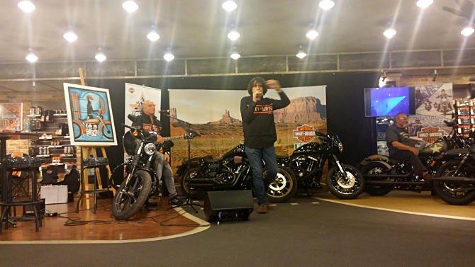 """""""Ugye eljössz még?"""" énekelte Szigeti Ferenc egy Harley-Davidsonon ülve"""