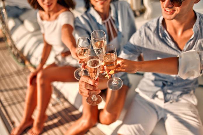 Minden champagne pezsgő, de nem minden pezsgő champagne