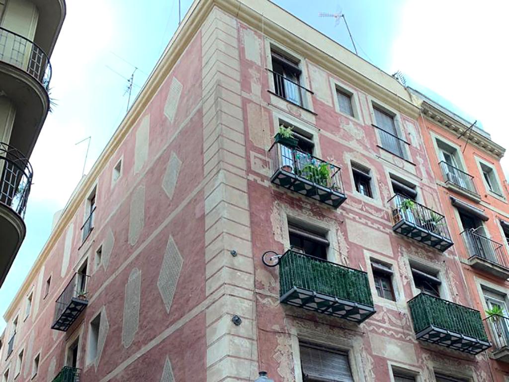 Fachada rehabilitada Roig, 2 Barcelona