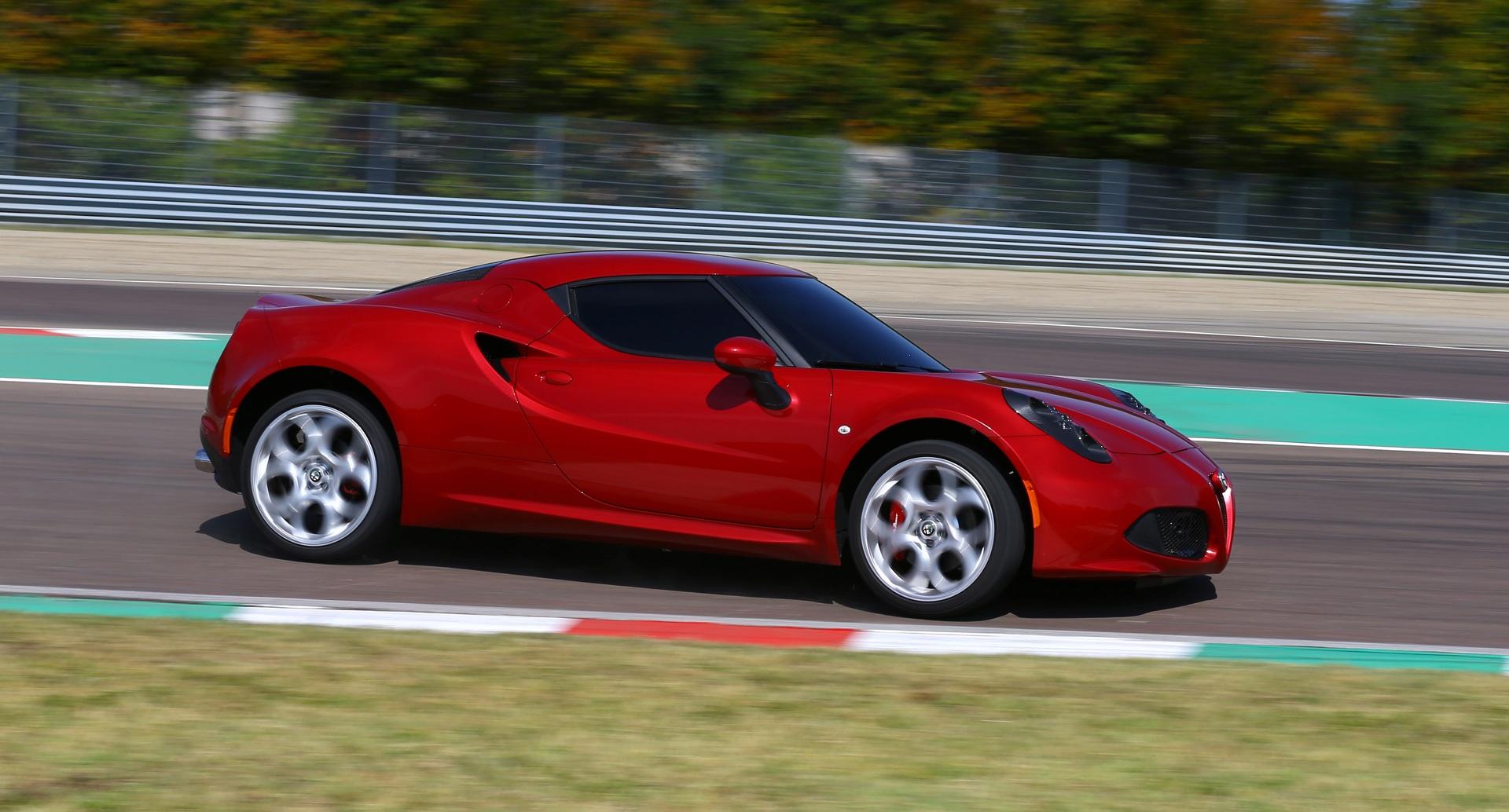 2014 Alfa Romeo 4C Circuit Test