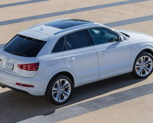 2015 Audi Q3 White Road Test