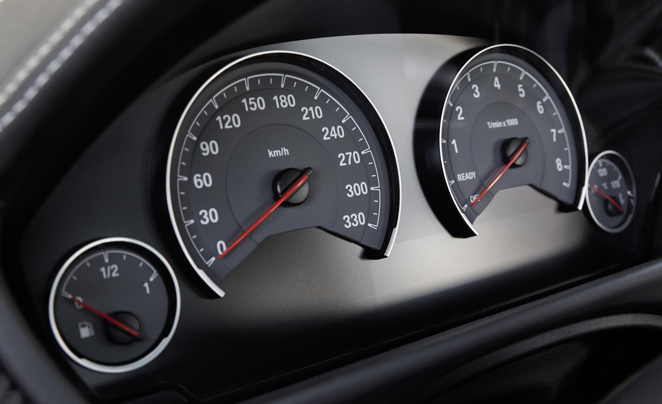 2015 BMW M3 Interior Speedometer