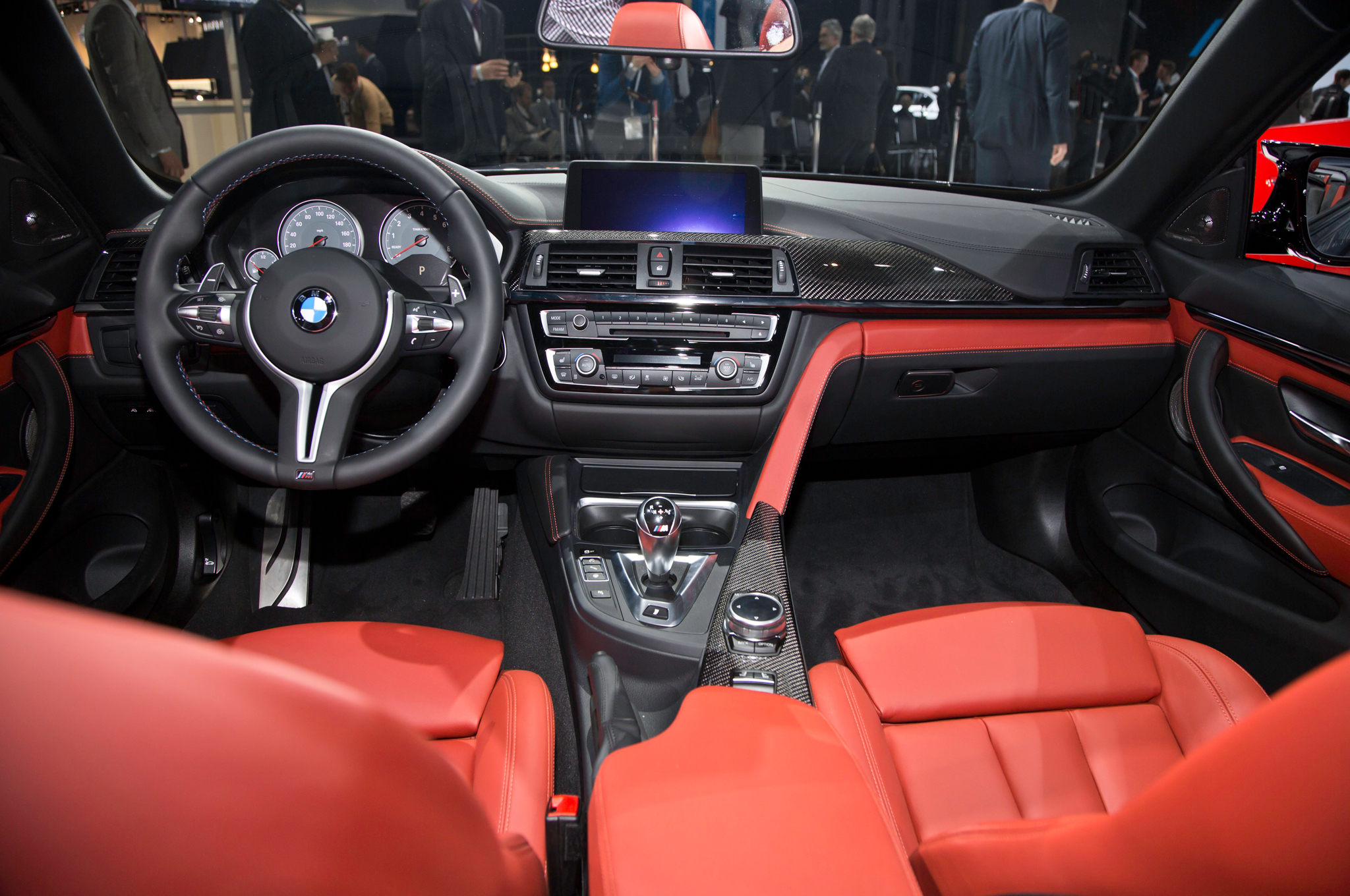 New 2015 BMW M4 Convertible Dashboard