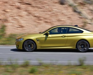 New 2015 BMW M4 Coupe Side View