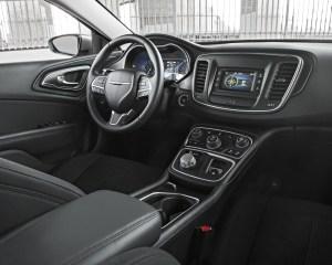 2015 Chrysler 200 Dashboard and Cockpit
