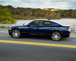 2015 Dodge Charger SXT AWD Exterior Side View