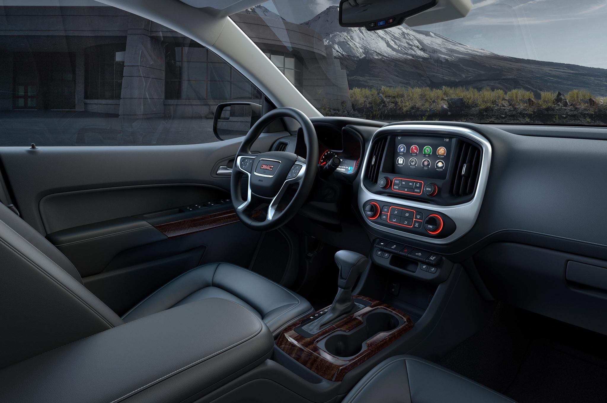 2015 GMC Canyon Front Seat Interior