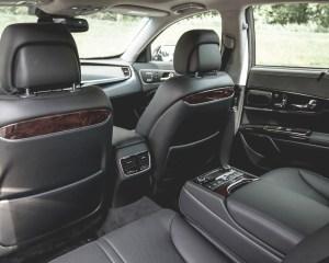 2015 Kia K900 Interior Rear