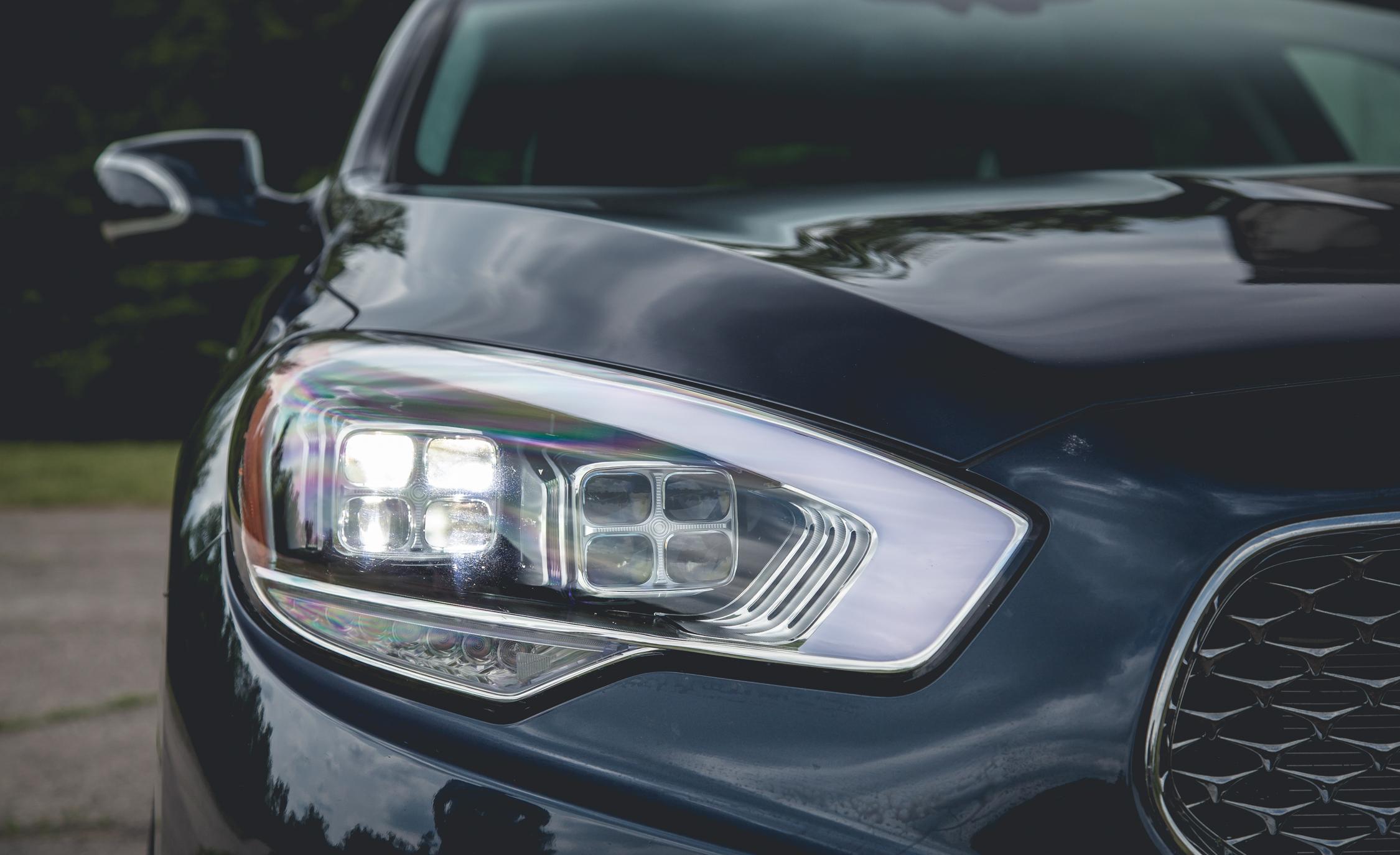 2015 Kia K900 V-8 Exterior Headlamp Left