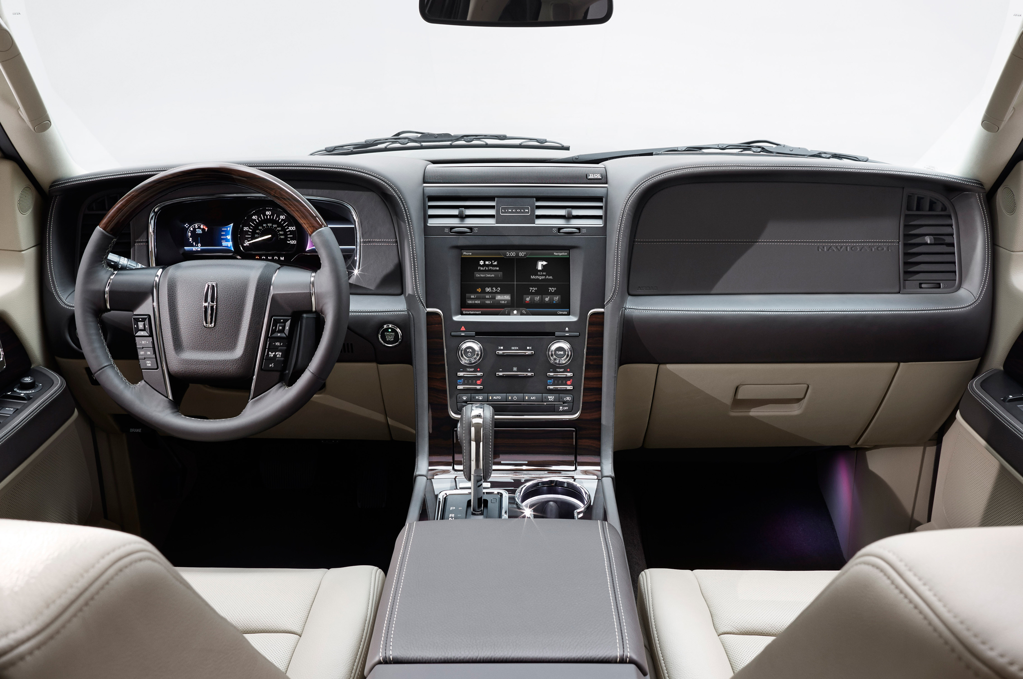 2015 Lincoln Navigator Interior Dashboard and Cockpit