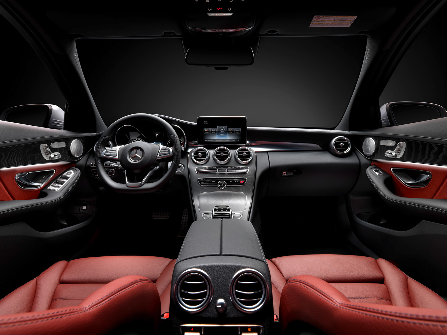2015 Mercedes-Benz C-Class Front Interior Seats and Dashboard
