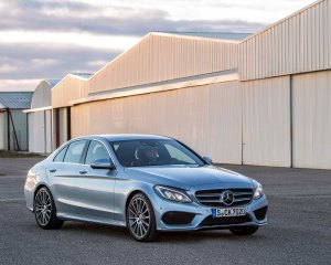 2015-Mercedes-Benz C-Class Photo