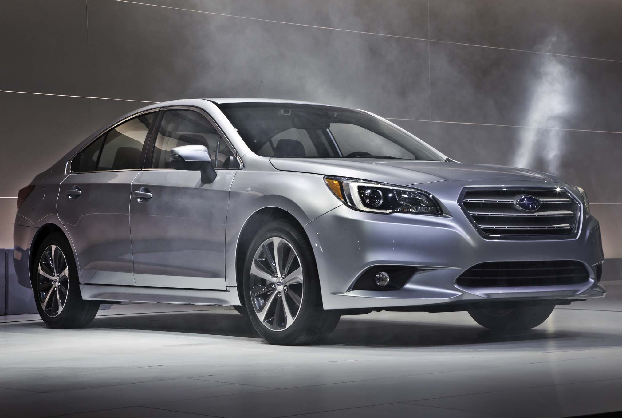 2015 Subaru Legacy Exterior Profile