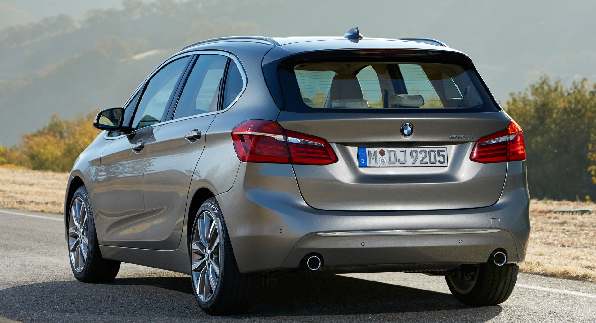 2015 BMW 2 Series Active Tourer 225i Rear Photo