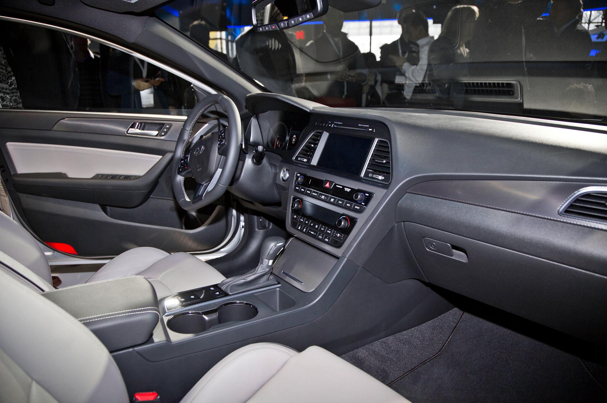 2015 Hyundai Sonata Interior Preview