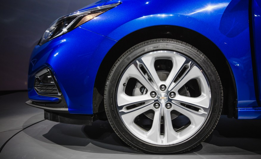 2016 Chevrolet Cruze RS Front Wheel